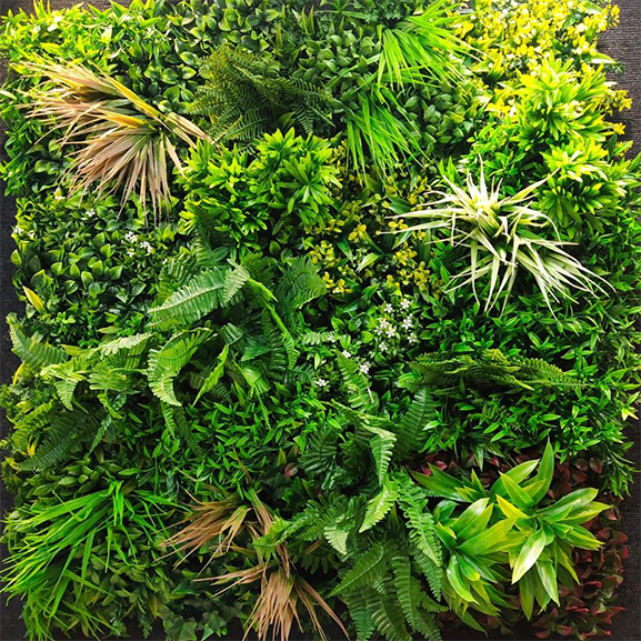 UV Artificial Vertical Garden Mat Mixed with Green leaves (100X100 cm)